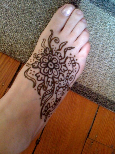 foot henna tattoo design