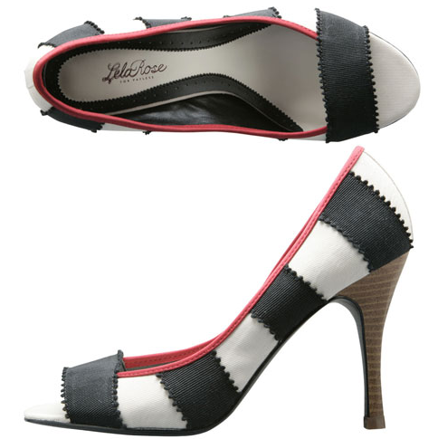 pumps payless