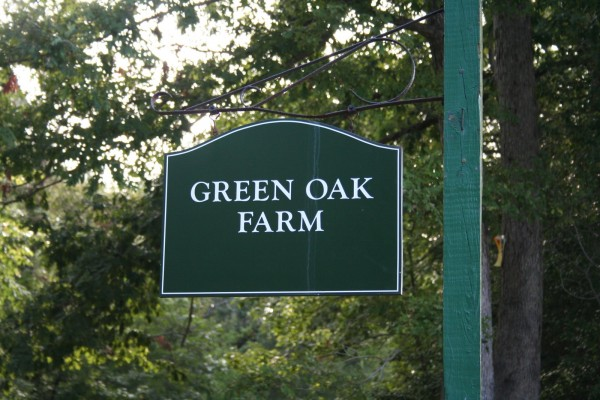 green oak farm sign